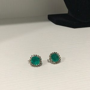 Jewelry - Vintage green and silver clip on earring